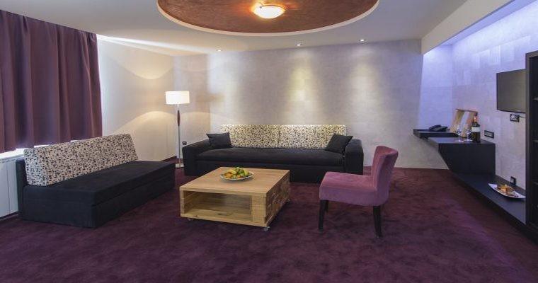 HOTEL LAVINA 4* 2