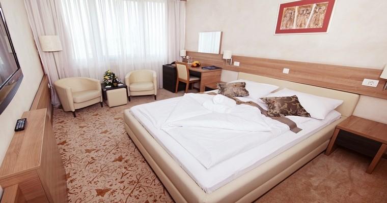 "HOTEL ""KARDIAL"" TESLIĆ 5"